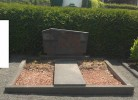 Schönes Familiengrab