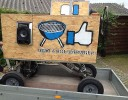 Selbstfahrender Bollerwagen mit Zapfanlage, Musik und Sirene