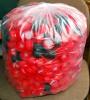 Tüte voller Cola Deckel als Sitzsack